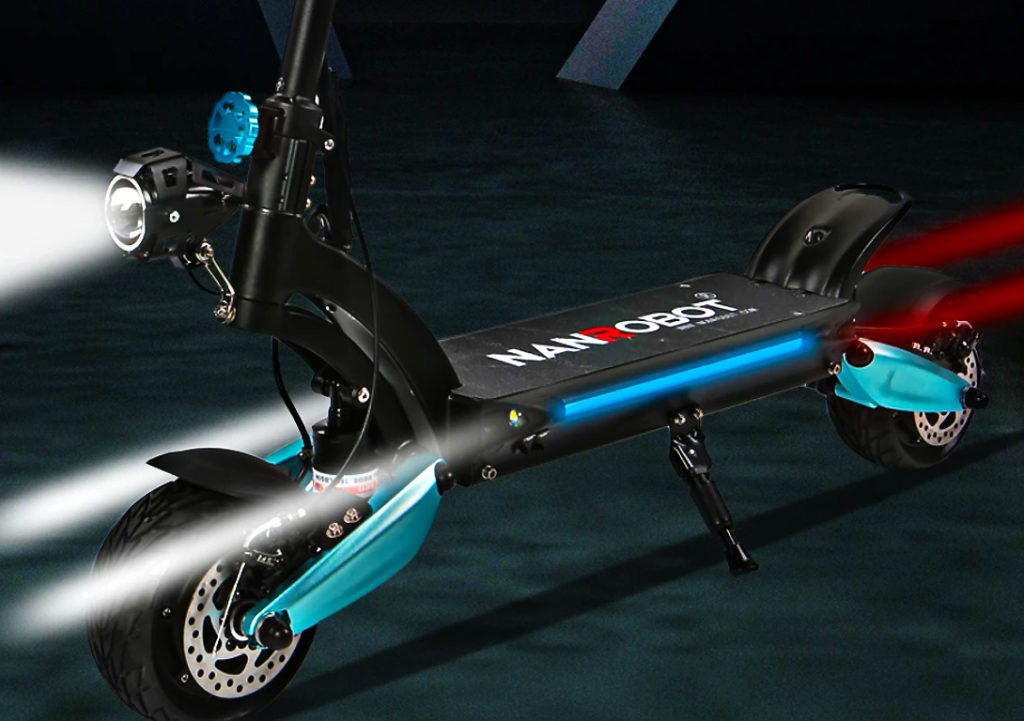 The lighting system of the Lightning electric scooter