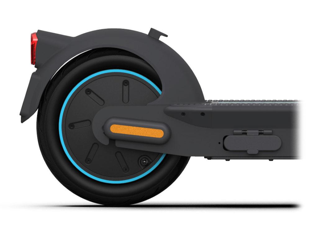 Kickscooter Max rear wheel