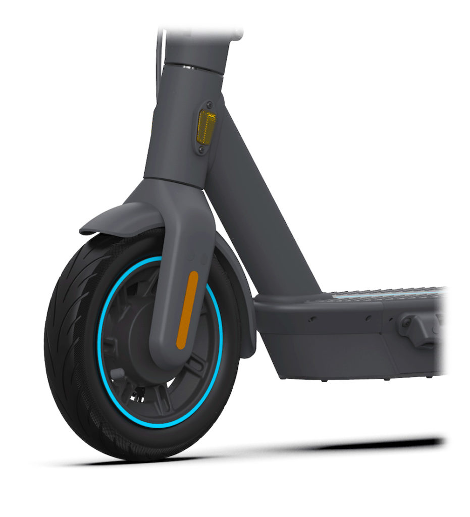 a picture of the tyres of the Ninebot Kickscooter wheel